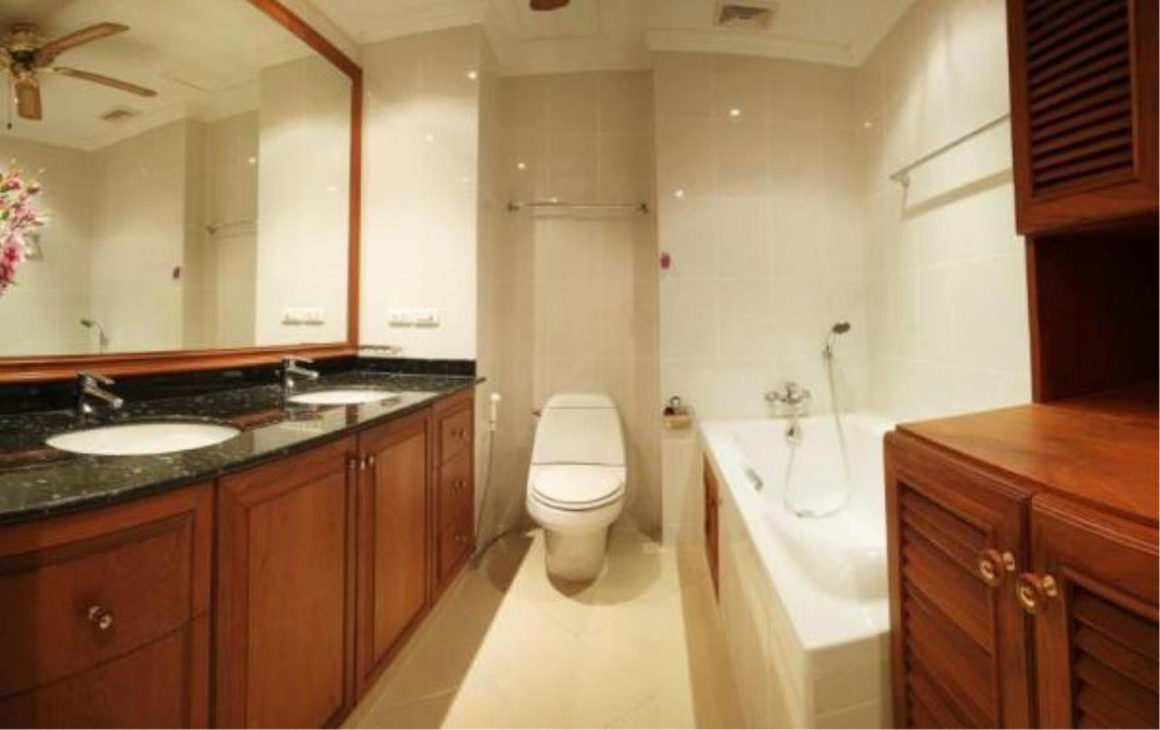 RE/MAX Town & Country Property Agency's 2 Bedrooms Sew View in Pratamnak 12