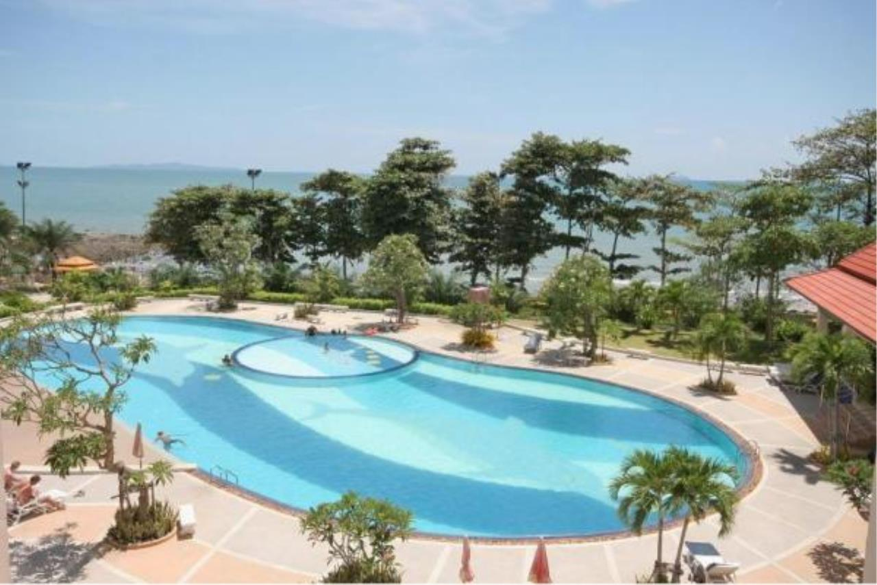 RE/MAX Town & Country Property Agency's 2 Bedrooms Sew View in Pratamnak 4