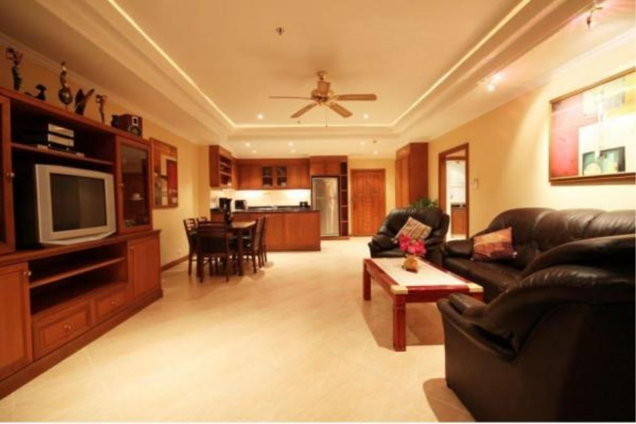 RE/MAX Town & Country Property Agency's 2 Bedrooms Sew View in Pratamnak 7