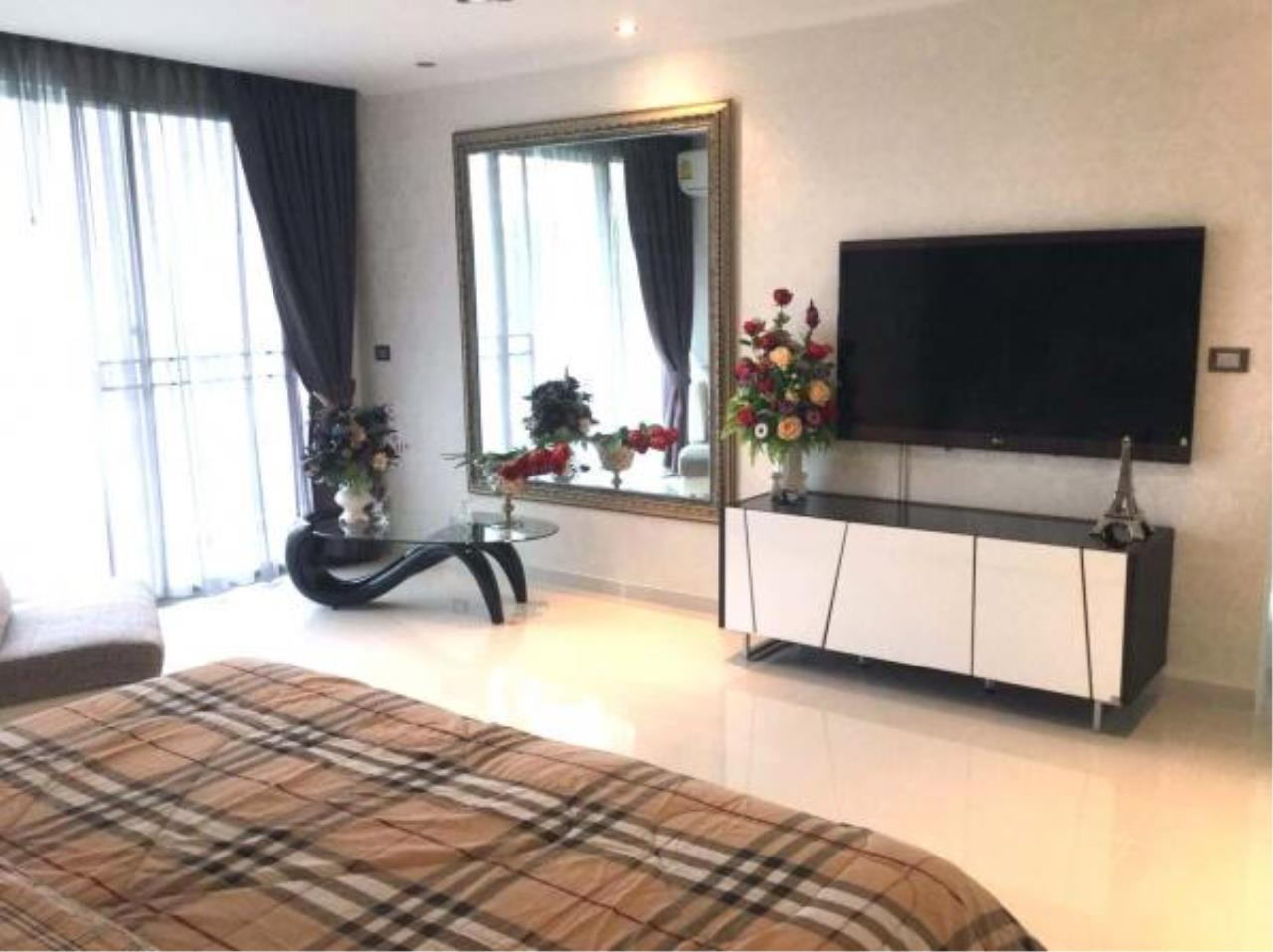 RE/MAX Town & Country Property Agency's Luxury 1 Bedroom for sale in Pratamnak 10