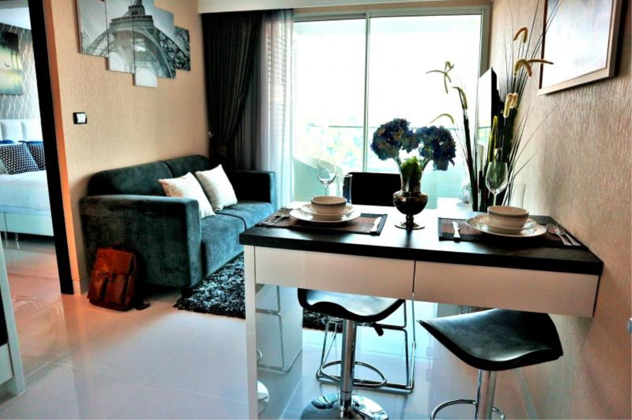 RE/MAX Town & Country Property Agency's Nice Condo in Pratamnak 1