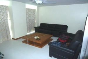 RE/MAX Town & Country Property Agency's Spacious 2 bedroom apartment 6