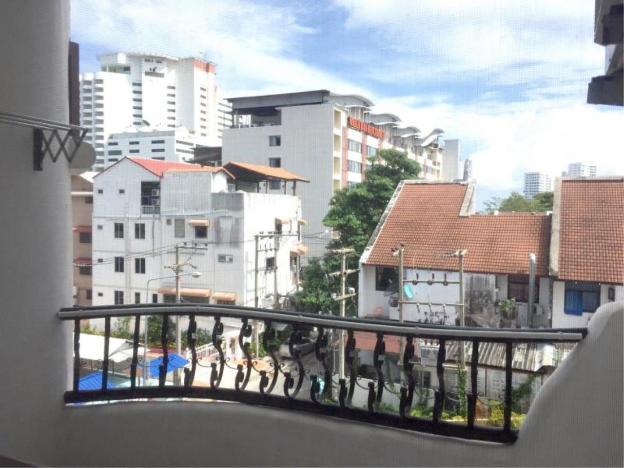 RE/MAX Town & Country Property Agency's Nice Studio in Pratamnak Hill 2