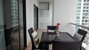 RE/MAX Town & Country Property Agency's Beautiful condo in Pratumnak 10