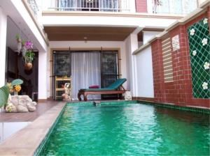 RE/MAX Town & Country Property Agency's 3 Storey Townhouse for sale in Pratamnak 3