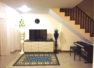 RE/MAX Town & Country Property Agency's 3 Storey Townhouse for sale in Pratamnak 7