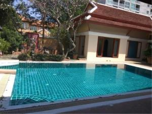 RE/MAX Town & Country Property Agency's Thai Bali Style Villa for Sale in Soi 5 Pratamnak Hill 3