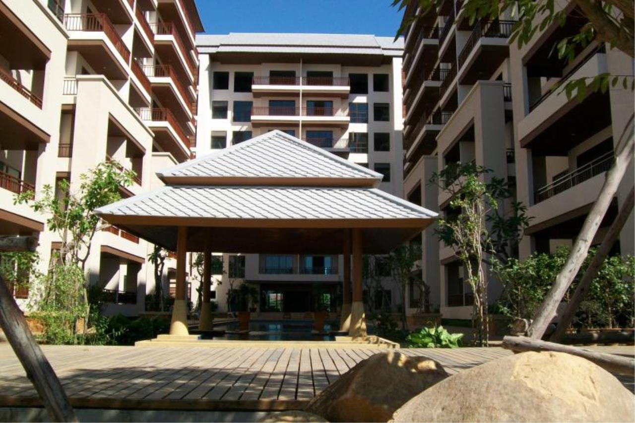 RE/MAX Town & Country Property Agency's Resort Condominium in the Heart of Pattaya. 1