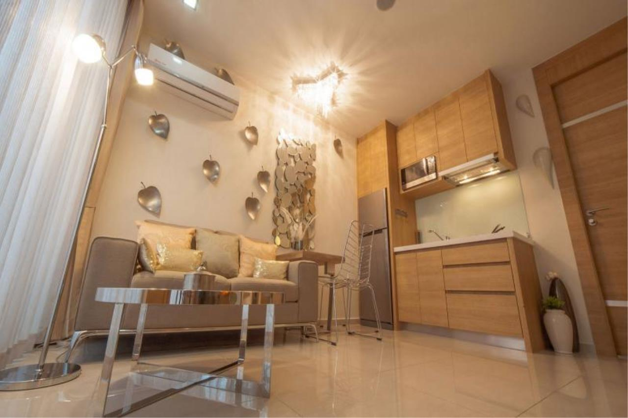 RE/MAX Town & Country Property Agency's 1 Bedroom condo for sale in South Pattaya 3