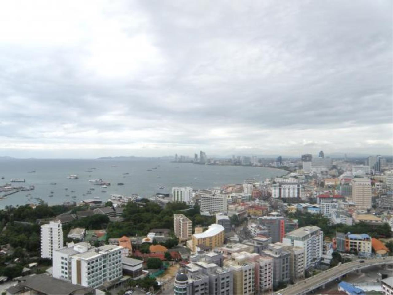 RE/MAX Town & Country Property Agency's Nice condo for rent in South Pattaya 2