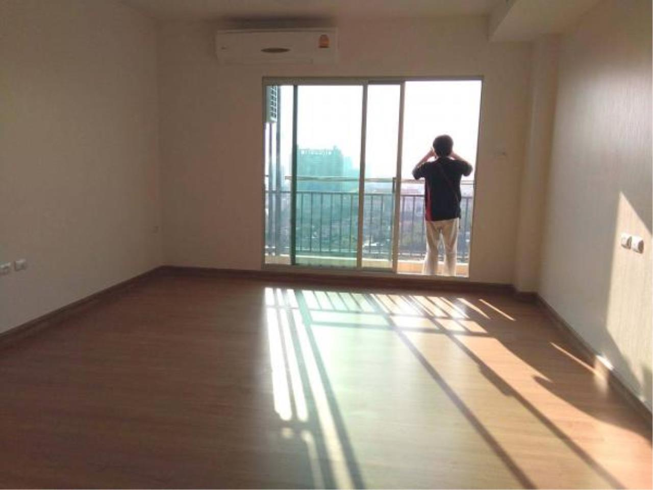 RE/MAX Town & Country Property Agency's Studio room for rent in South Pattaya 9