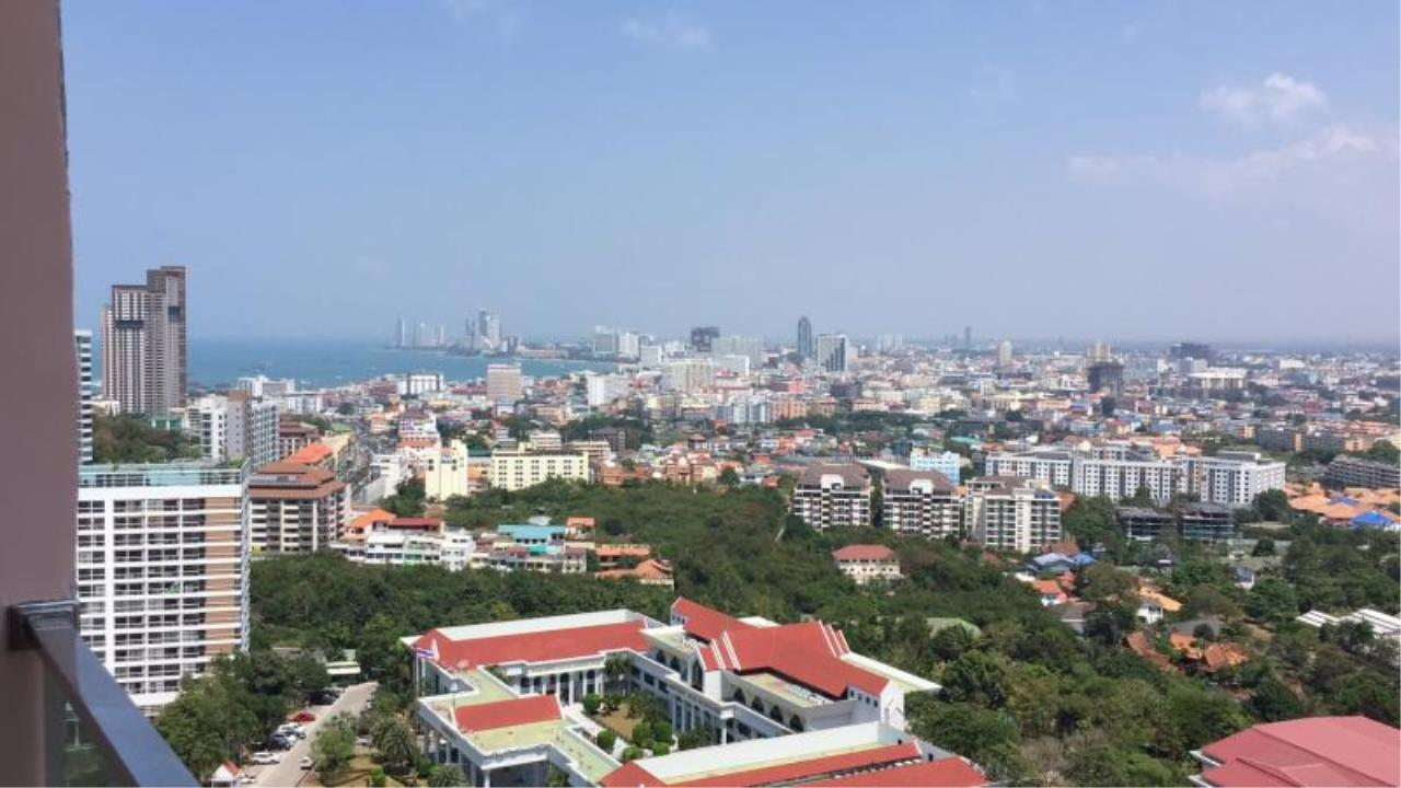 RE/MAX Town & Country Property Agency's Brand new condo in South Pattaya 8
