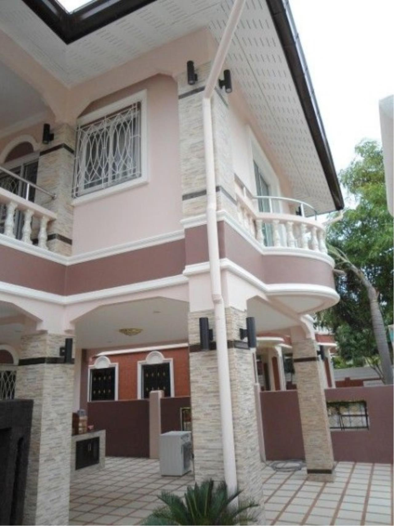 RE/MAX Town & Country Property Agency's 2 Storey house for sale 12
