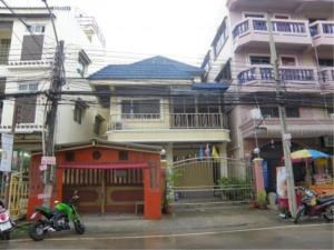 RE/MAX Town & Country Property Agency's Town House For rent in South Pattaya 3
