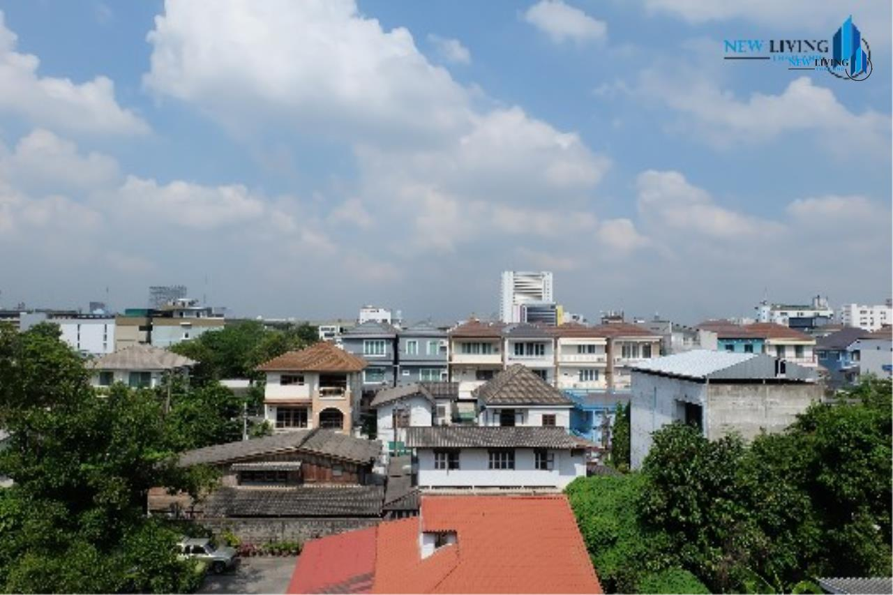 New Living Thailand Agency's (promotion below!!) ++Urgent sale, Townhouse in Ari++ Townhouse Greenpeace Village ** 6 bedrooms, 5 bathrooms, open view 11