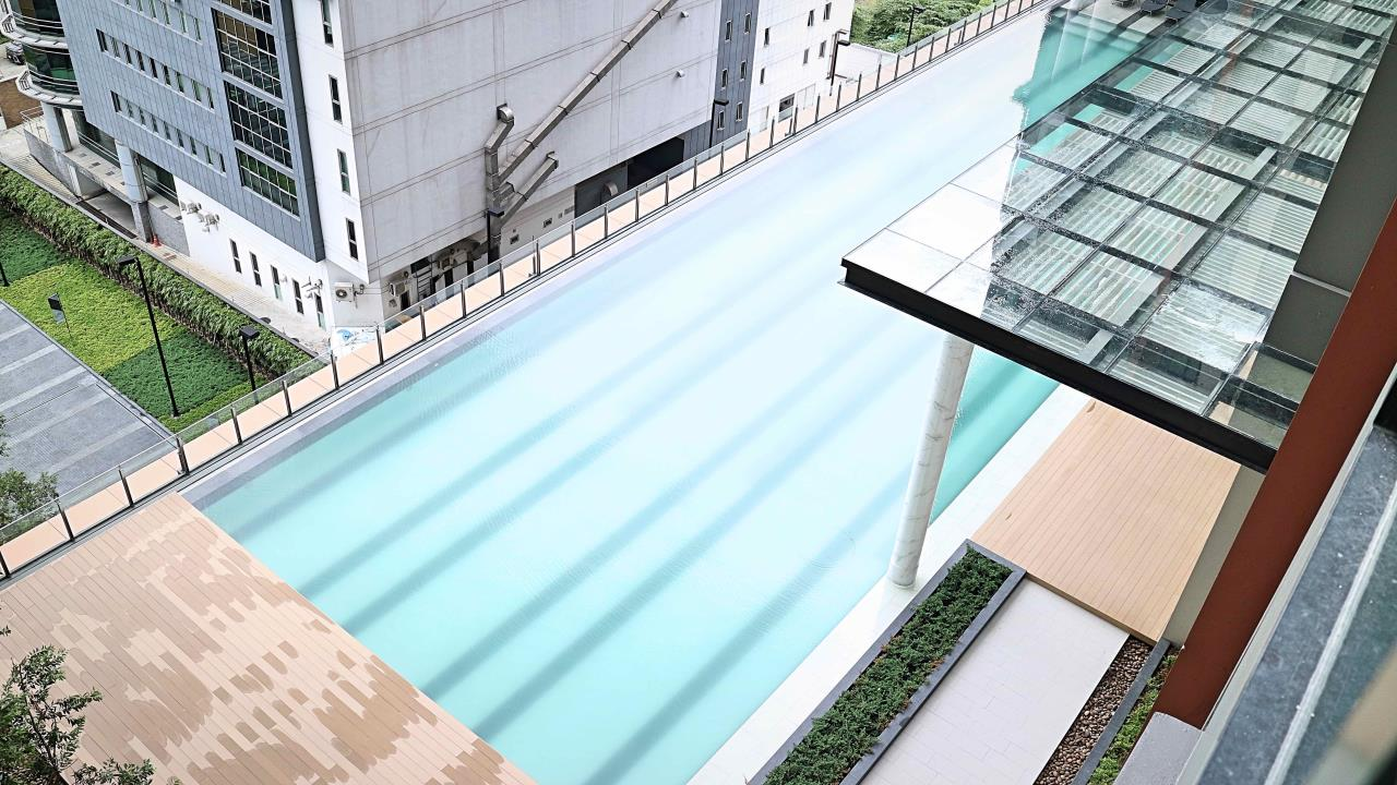 Wise Real Estate and Consultancy Agency's 1 Bedroom Life Asok For Rent -180meter to MRT Phetburi  12