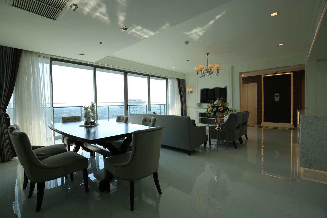 Property Thai Sale Agency's The Lumpini 24  11