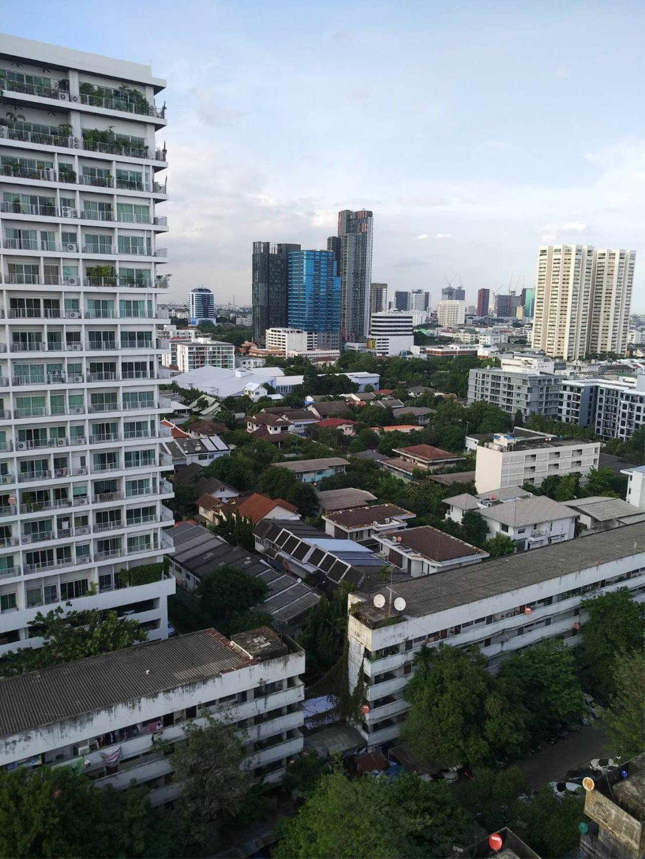 Property Thai Sale Agency's Thonglor Tower soi 18 Duplex PTS-00243 4