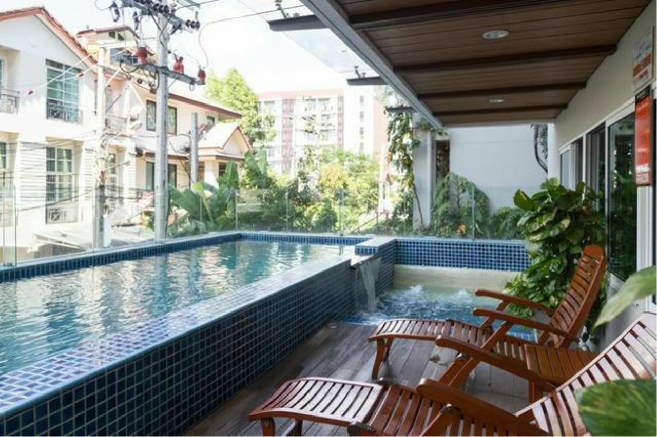 Property Thai Sale Agency's Residence 52 PTS-00248 1
