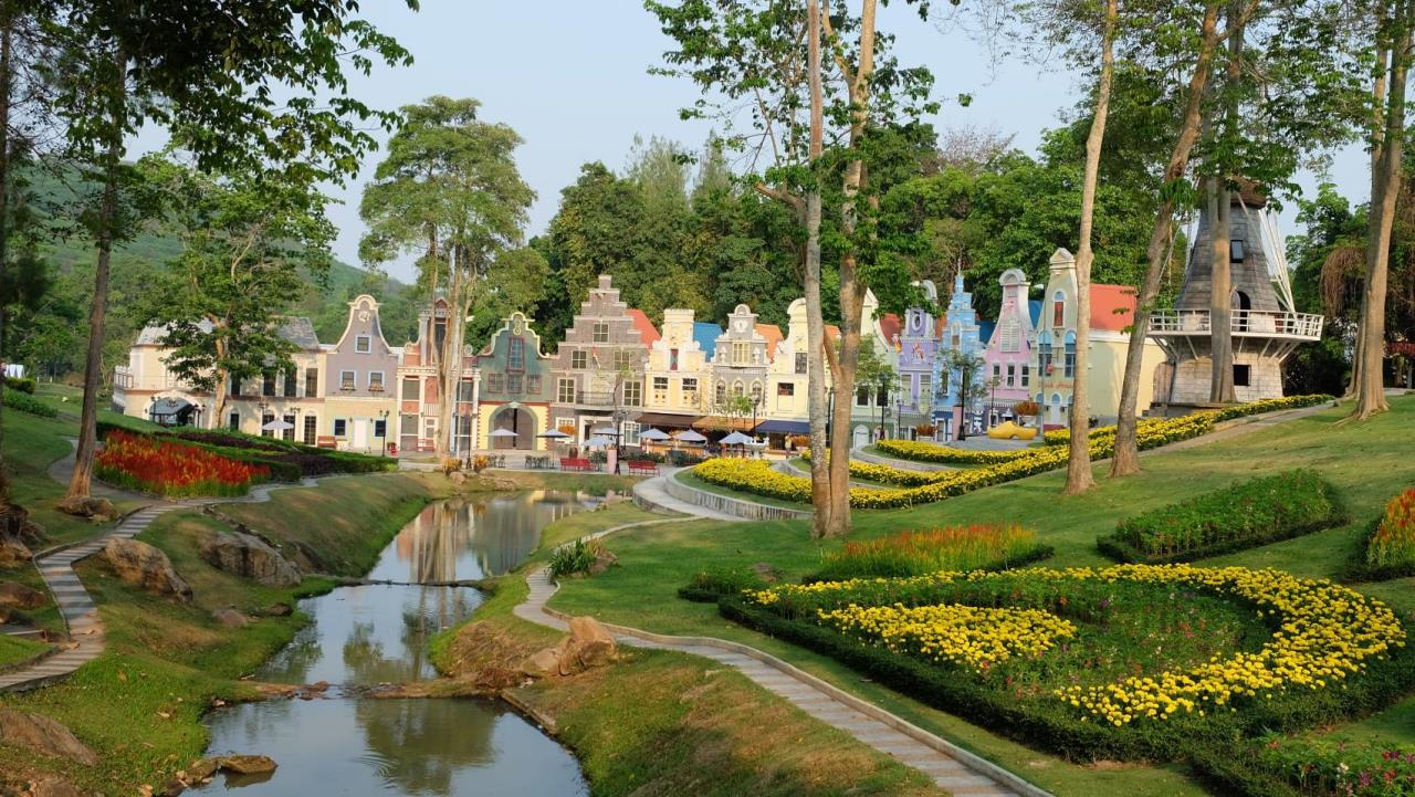 Property Thai Sale Agency's Brookside Valley - Rayong 66