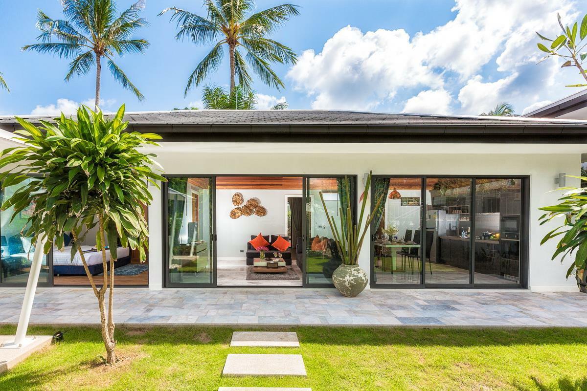 RE/MAX Island Real Estate Agency's Richmond Villa Samui Ref:R0102BR 1