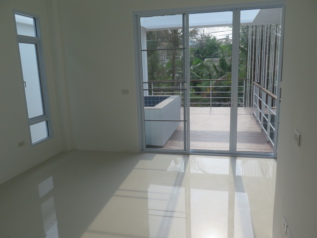 RE/MAX Island Real Estate Agency's Quality 2 Bedroom Townhouses Ref:0116H-BO 11