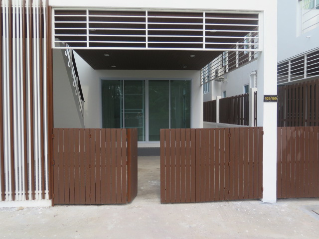 RE/MAX Island Real Estate Agency's Quality 2 Bedroom Townhouses Ref:0116H-BO 4