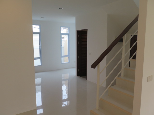 RE/MAX Island Real Estate Agency's Quality 2 Bedroom Townhouses Ref:0116H-BO 8