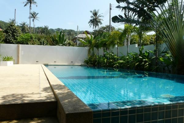 RE/MAX Island Real Estate Agency's Delightful New 2 Bedroom (Pool) House/Villa Ref:R0106BO 4
