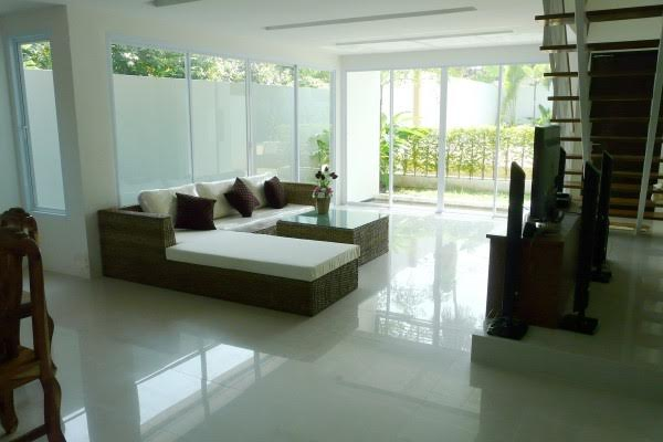 RE/MAX Island Real Estate Agency's Delightful New 2 Bedroom (Pool) House/Villa Ref:R0106BO 9
