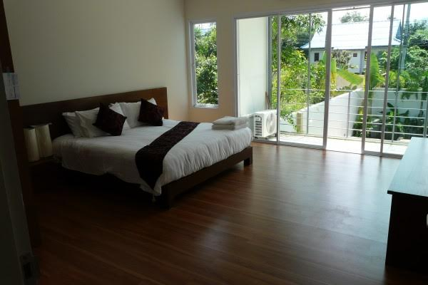 RE/MAX Island Real Estate Agency's Delightful New 2 Bedroom (Pool) House/Villa Ref:R0106BO 11