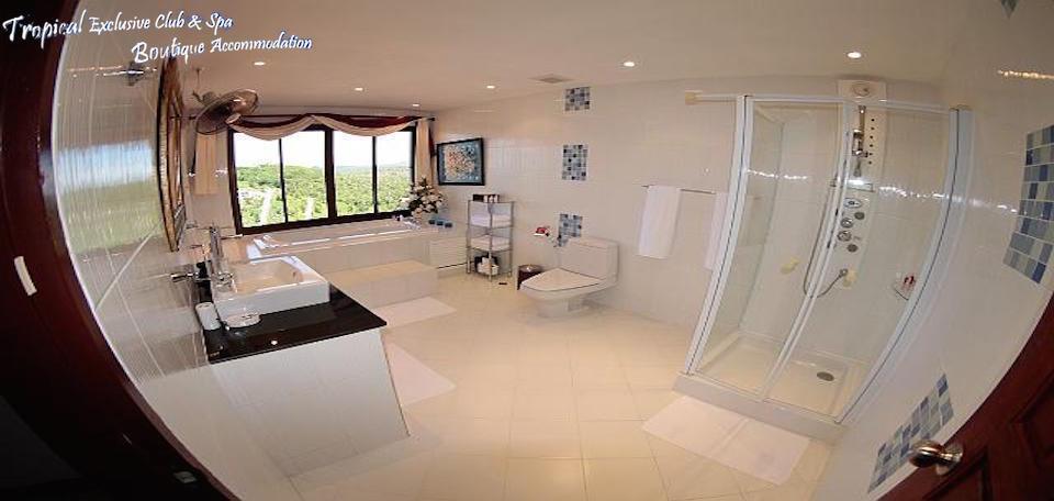 RE/MAX Island Real Estate Agency's Amazing Sea View Villa in Bang Po  9