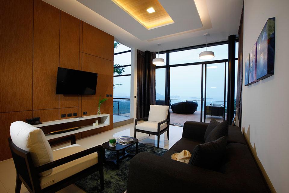 RE/MAX Island Real Estate Agency's Residence 3 Bedroom Luxury Villas For Sale KohSamui  16