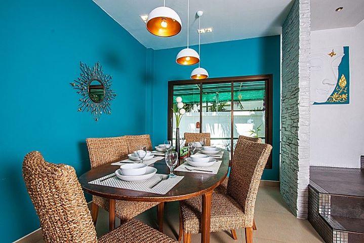 RE/MAX Island Real Estate Agency's 4 Bedrooms Villa for Sale in Bang Rak, Ko Samui  10