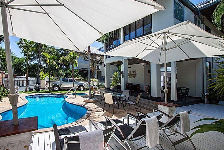 RE/MAX Island Real Estate Agency's 4 Bedrooms Villa for Sale in Bang Rak, Ko Samui  3