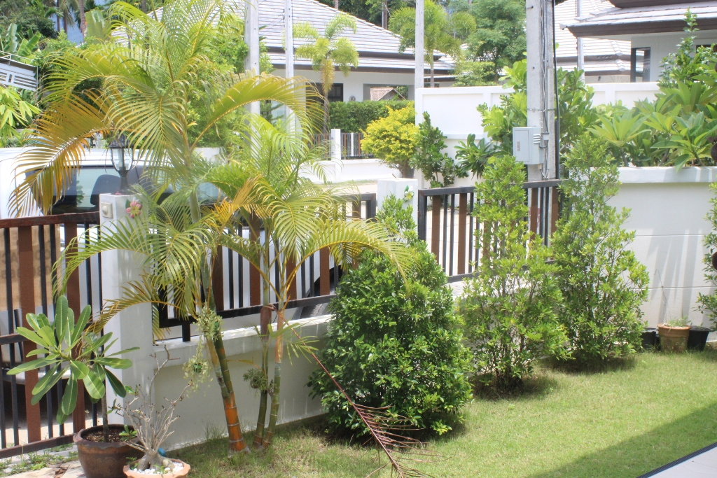 RE/MAX Island Real Estate Agency's 2 Bedroom villa for rent in Maenanm 19