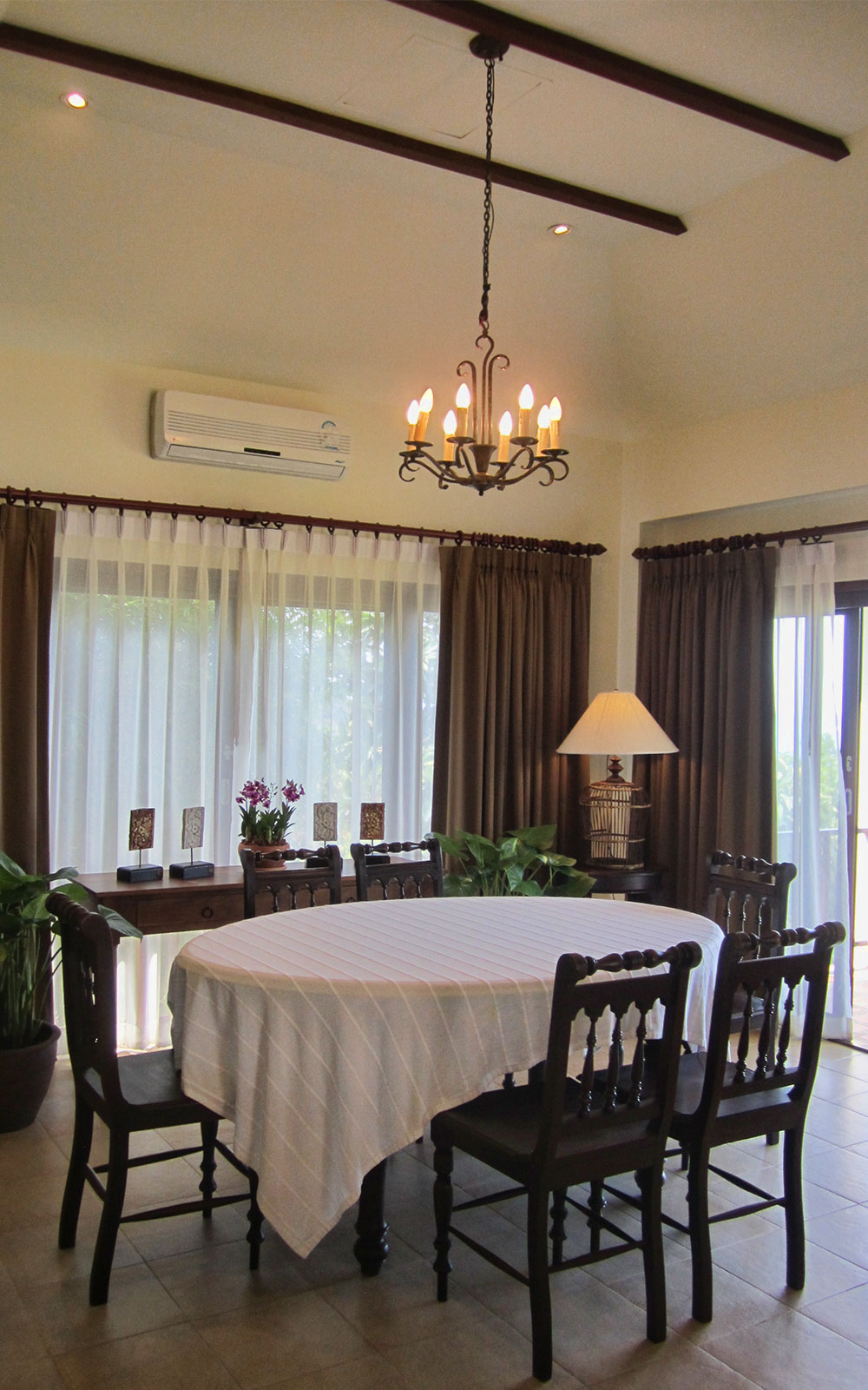 RE/MAX Island Real Estate Agency's 4 bedroom villa for rent in Bang Por, Ko Samui  6