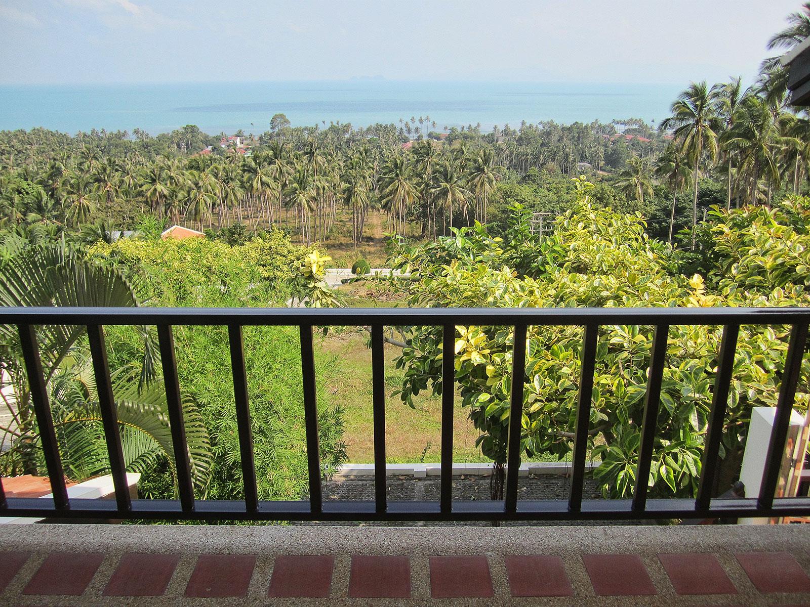 RE/MAX Island Real Estate Agency's 4 bedroom villa for rent in Bang Por, Ko Samui  1