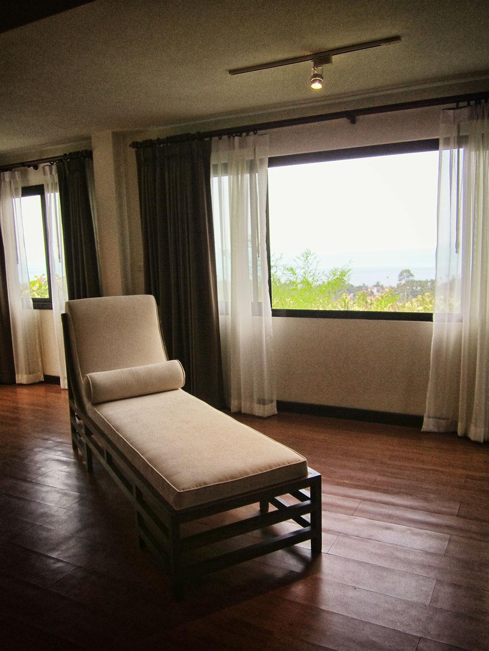 RE/MAX Island Real Estate Agency's 4 bedroom villa for rent in Bang Por, Ko Samui  10