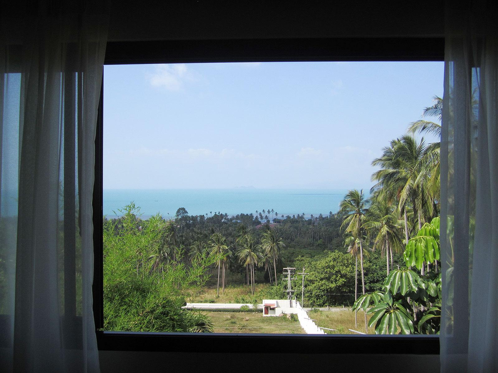 RE/MAX Island Real Estate Agency's 4 bedroom villa for rent in Bang Por, Ko Samui  17