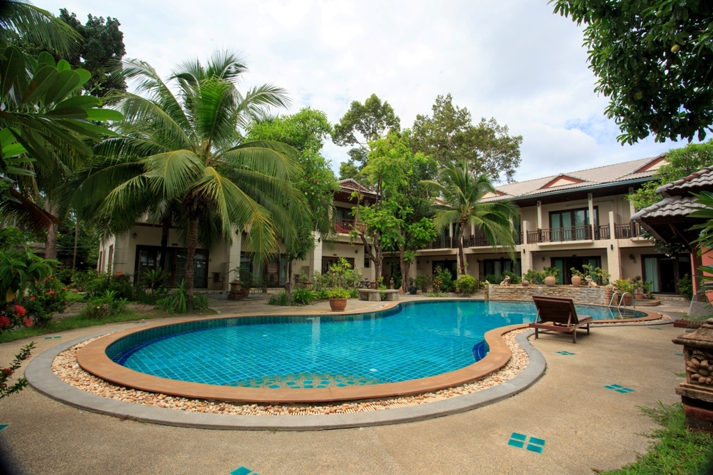 RE/MAX Island Real Estate Agency's 2 Bedroom villa for sale In Chaweng 3