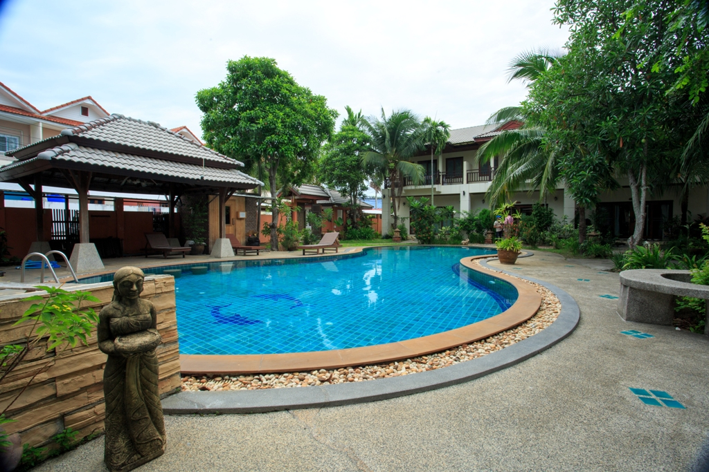 RE/MAX Island Real Estate Agency's 2 Bedroom villa for sale In Chaweng 4