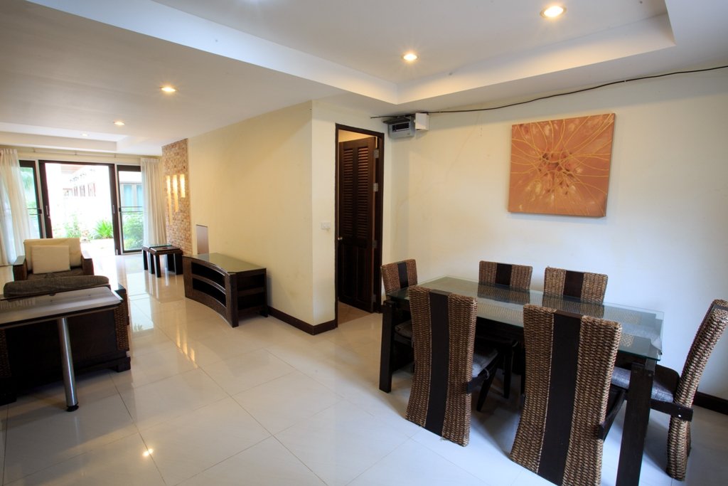 RE/MAX Island Real Estate Agency's 2 Bedroom villa for sale In Chaweng 8