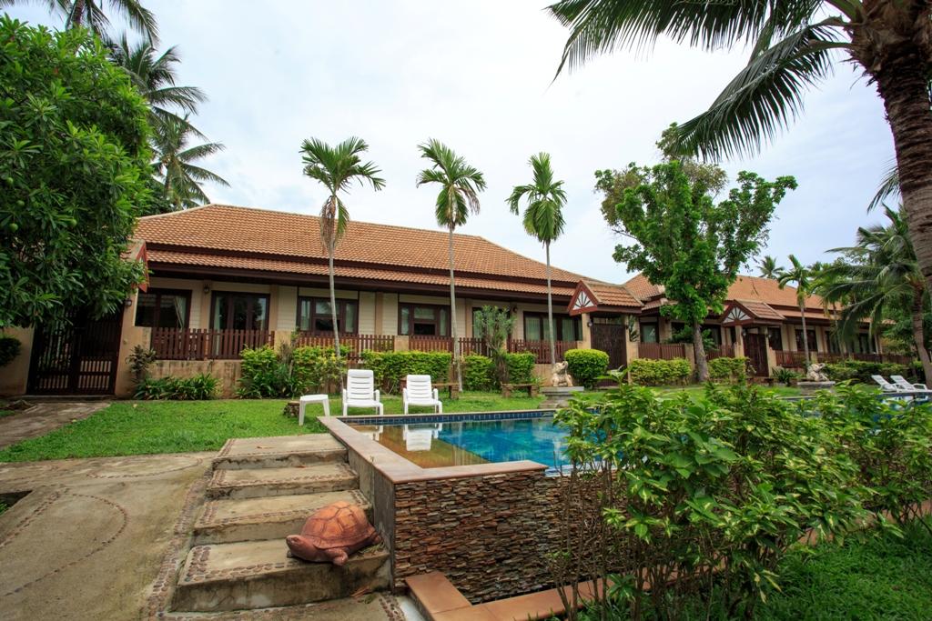 RE/MAX Island Real Estate Agency's 2 Bedroom villa for sale In Bophut,Koh Samui  2