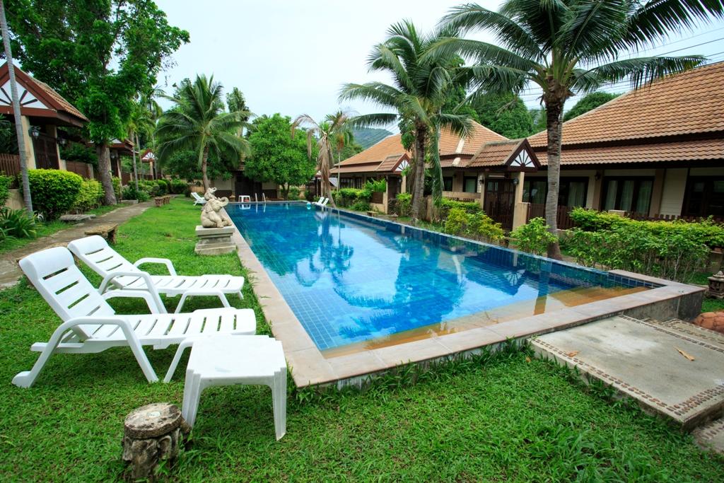 RE/MAX Island Real Estate Agency's 2 Bedroom villa for sale In Bophut,Koh Samui  6