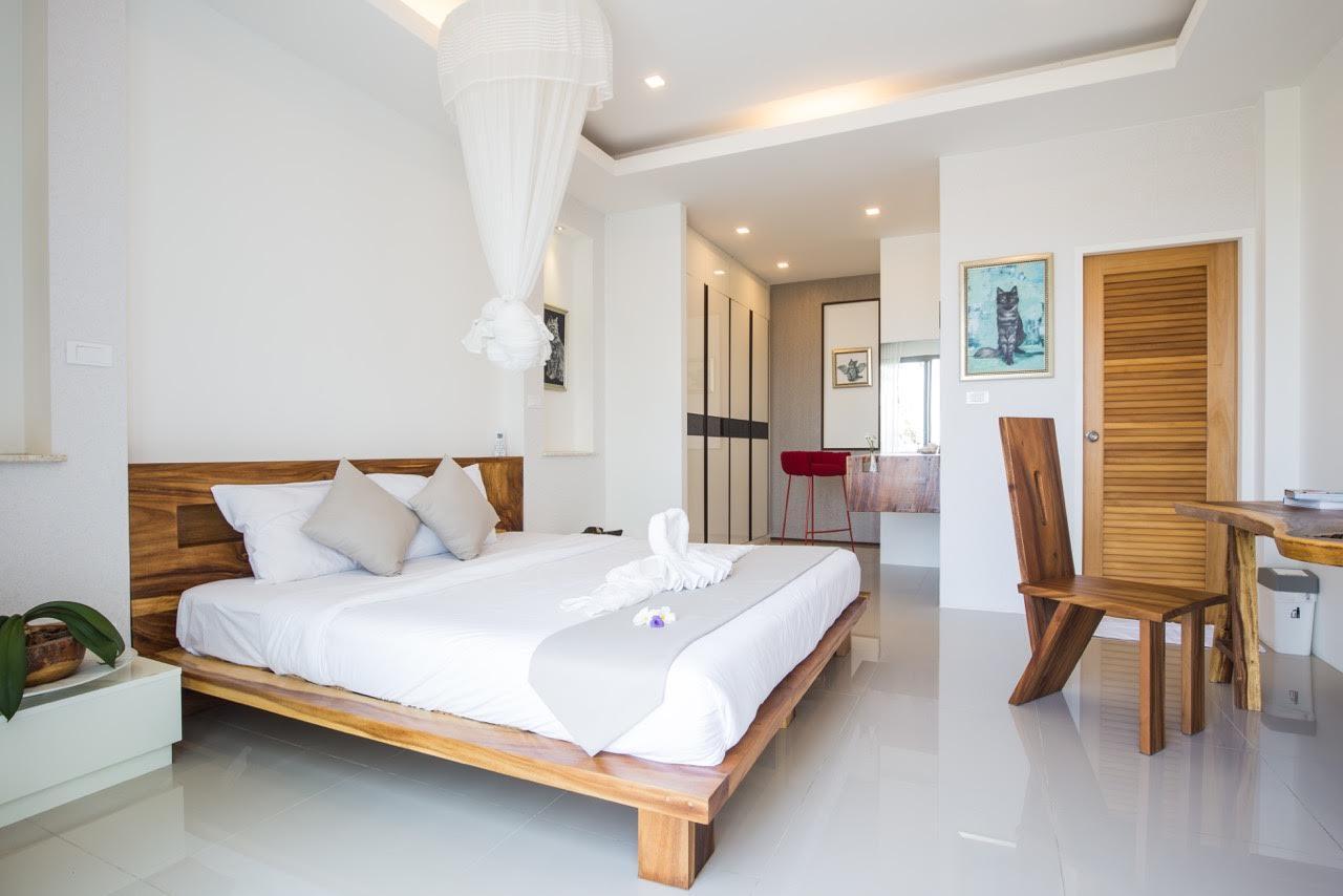 RE/MAX Island Real Estate Agency's Unique villa for sale in Plae Laem 1