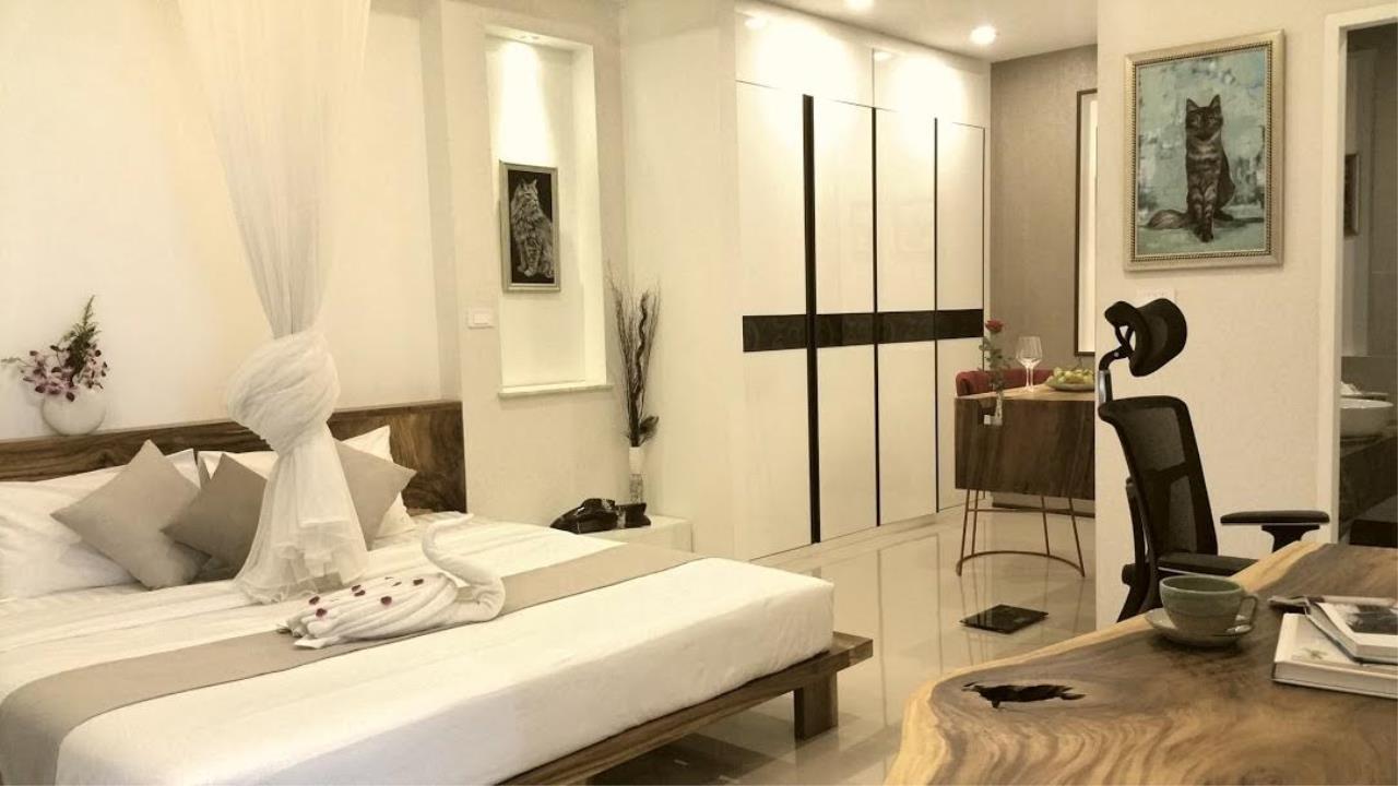 RE/MAX Island Real Estate Agency's Unique villa for sale in Plae Laem 22