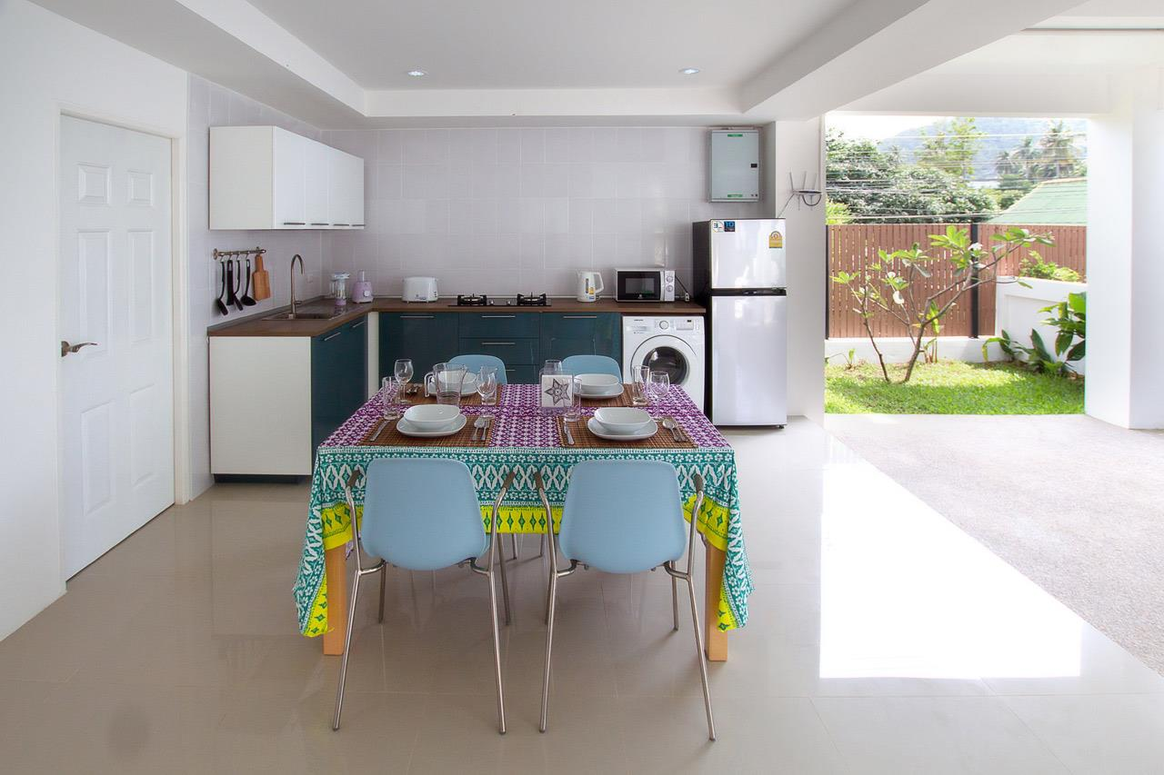 RE/MAX Island Real Estate Agency's Brand new 3 bedroom house in Choeng Mon Beach. 23