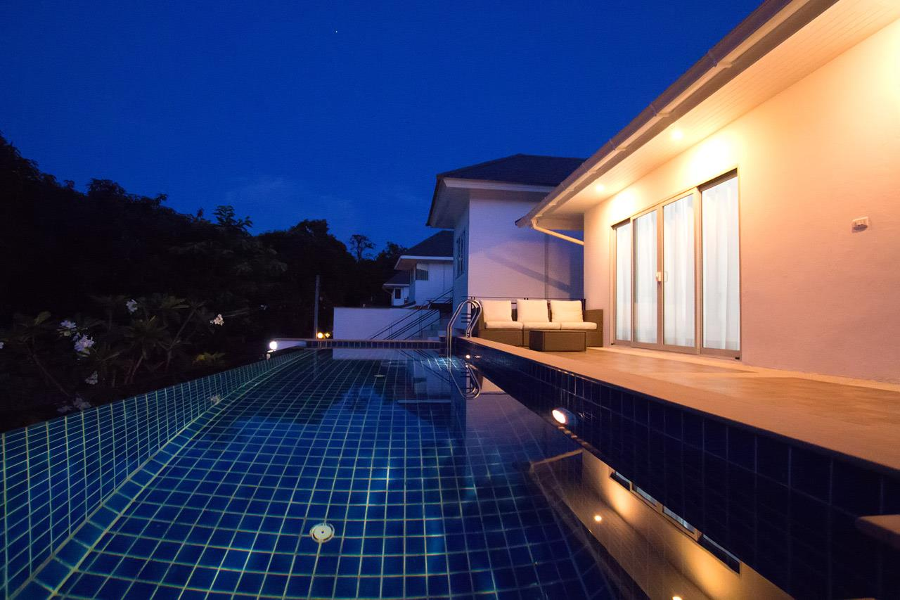 RE/MAX Island Real Estate Agency's Brand new 3 bedroom house in Choeng Mon Beach. 34
