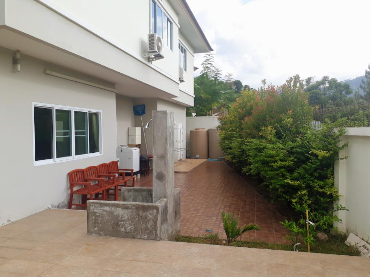 RE/MAX Island Real Estate Agency's Big house in Bophut, close to International school and Big C 5